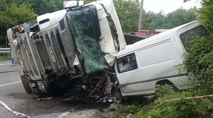 Hafriyat kamyonu terörü Beykoz'da: 1 ölü, 6'sı öğrenci 8 yaralı