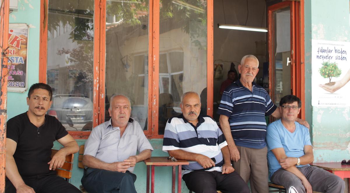 Egeli köylüler: Her şeyimizi aldılar sıra zeytinliklerimizde