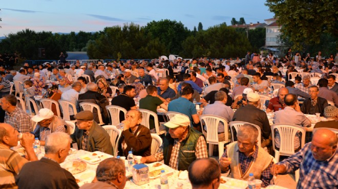 Bergama'da maden ocaklarına verilen 2009 tarihli 'ÇED olumlu' kararı iptal edildi, köylüler zafer iftarı yaptı