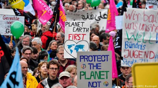 Hamburg'da G20 zirvesi öncesi eylem: Öncelik yaşadığımız gezegen olmalı!