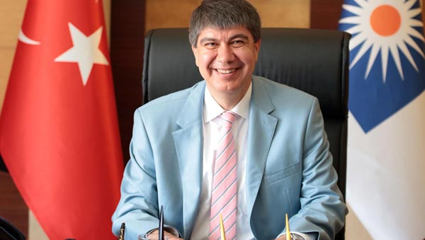 Antalya Büyükşehir Belediye Başkanı Menderes Türel, otopark istemeyen Antalya halkı için böyle konuştu: Zavallılar otopark projesini engelleyemeyecek