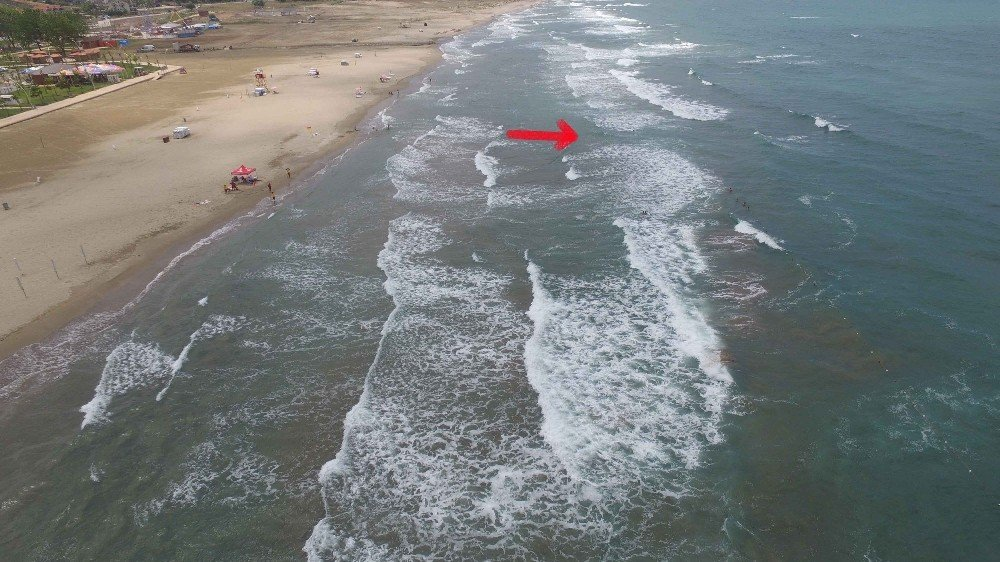 Kuzey sahillerinde durgunlaşana kadar denize girmeyin!