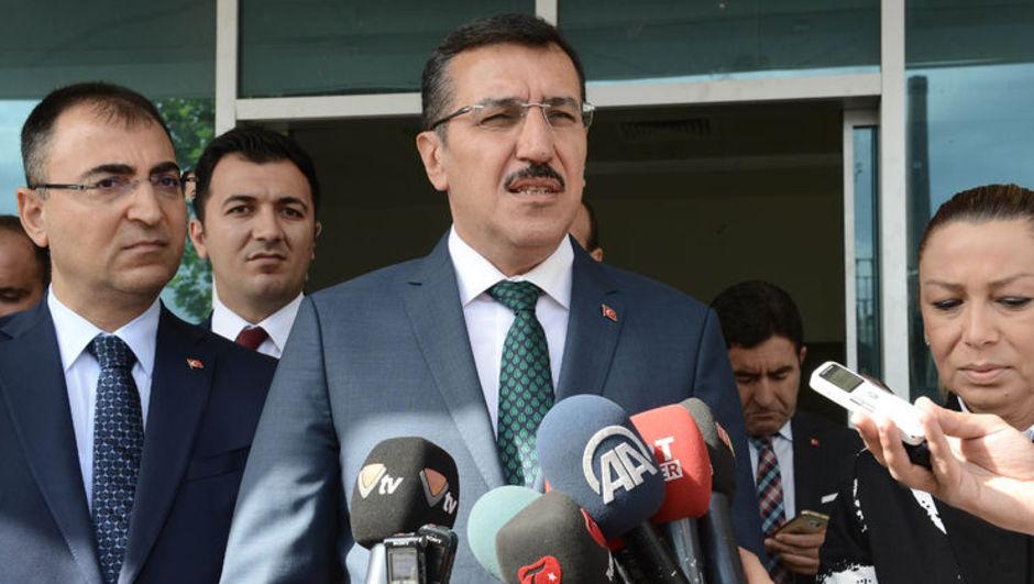 Gümrük ve Ticaret Bakanı BülentTüfenkçiülkeye giren GDO'lu ürün miktarını bilmediklerini  açıkladı