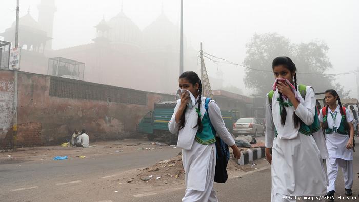 Yeni Delhi'de hava kirliliği yaşamı yok ediyor