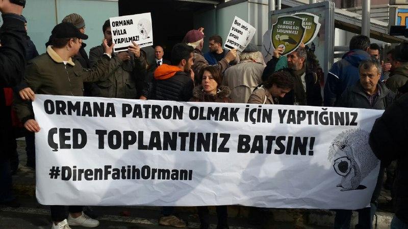 Kanunsuz ÇED: Fatih Ormanı işgal projesinin ÇED toplantısı, polis barikatı ile halka kapatıldı!
