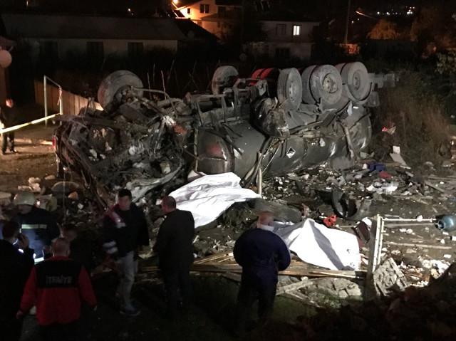 Beton mikseri terörü Düzce'de: 2 kişi öldü, 5 kişi yaralandı