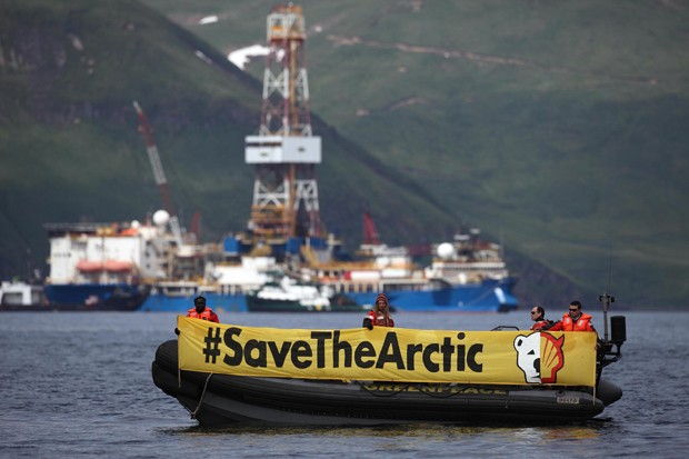 Norveç'in kutuplardaki petrol arama planlarına karşı dava açıldı