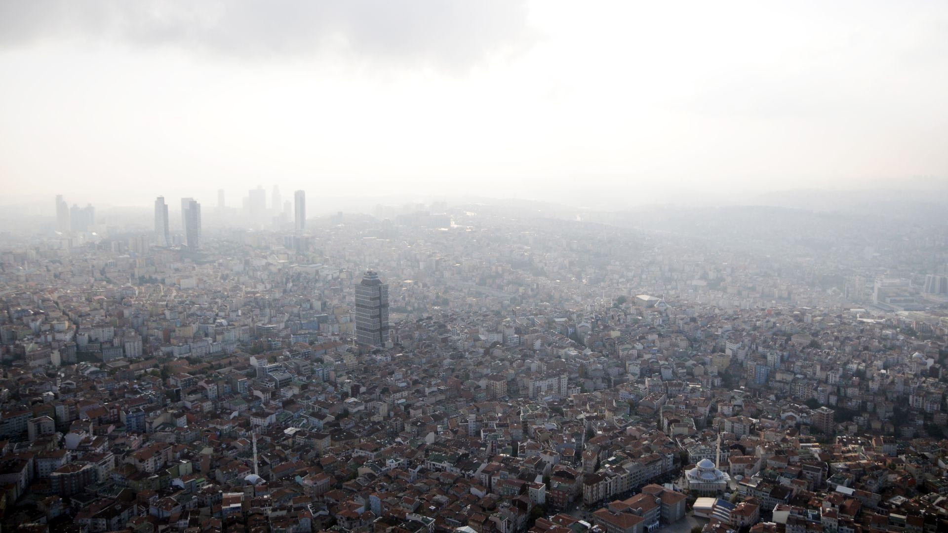 İstanbul'un dönüşümü üzerinden AKP'yi okumak