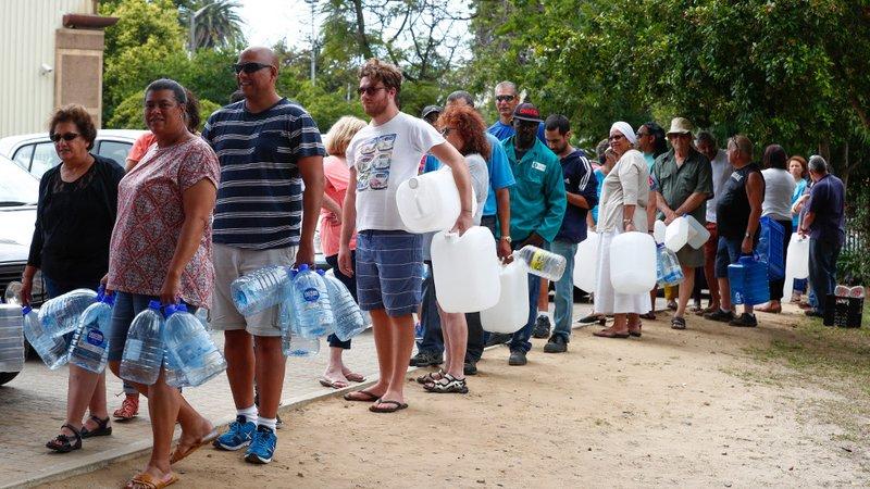 4 milyon nüfuslu Cape Town'da kuraklık vahim durumda: 'Eşim duş almayı bıraktı'