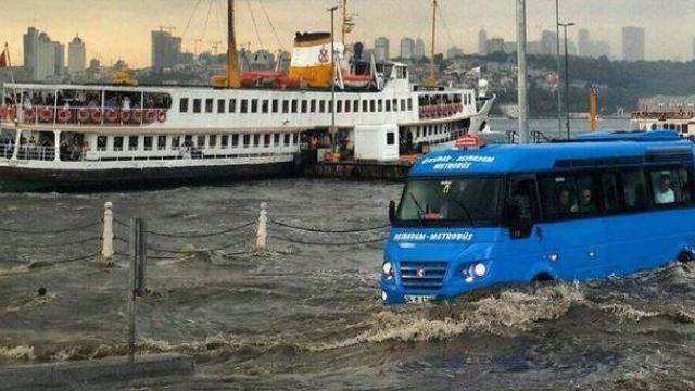 NASA'nın kar uzmanı: Türkiye'yi daha az kar daha çok yağmur, sel ve yangın bekliyor