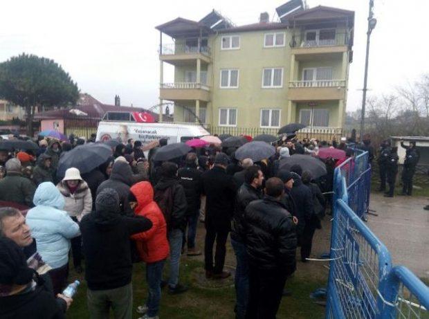 Sinop'ta 'halksız' ÇED toplantısı… Protesto edenlere AKP'lilerden linç girişimi