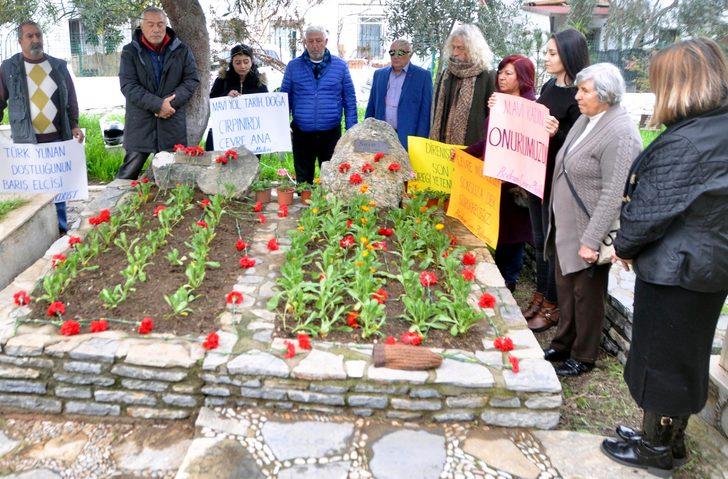 'Çevreci Ana' ölümünün 15'inci yılında mezarı başında anıldı