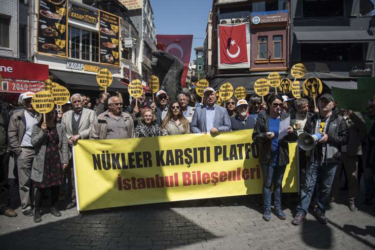 Nükleer enerji demokrasiyi sevmez