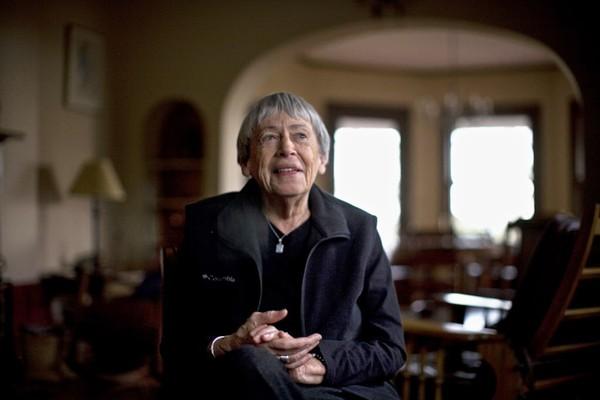 Büyücüler gezegeninin feminist ikonası: Ursula K. L. Guin