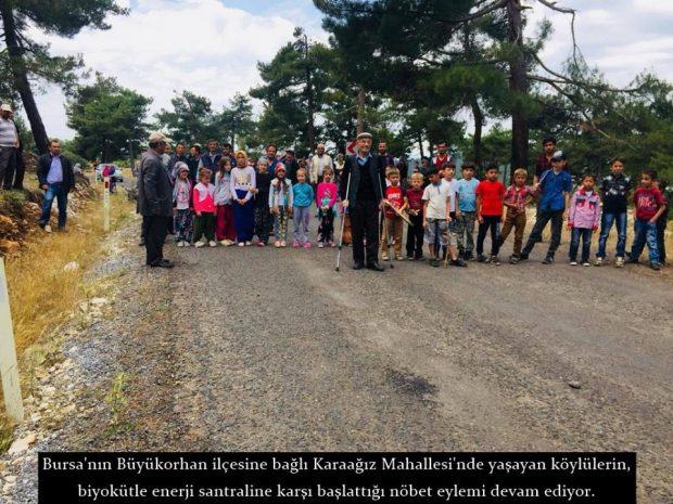 Bursa Karaağız köylüleri, protestonun ikinci gününde enerji santrali için gelen TIR'ları köylerine sokmadı