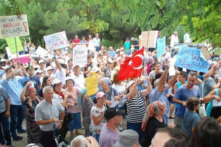 Saros'a gemi iskelesi ÇED toplantısını halk engelledi