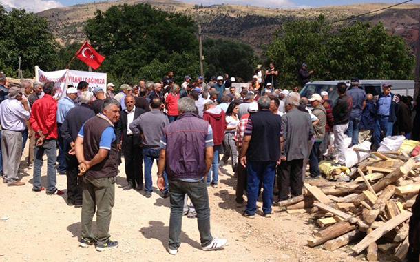 Sivas'ta Yılanlı Dağı yağmasına karşı köylüler ÇED toplantısına izin vermedi