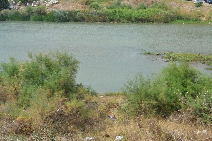 Bursa'da maden ocağı yüzlerce dönümlük tarım arazisini sulayan KirmastiDeresi'ni kirletti