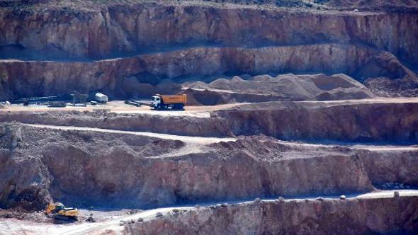 Tüm mahkemeleri kapatsalar rahatlayacaklar! Danıştay'ın ÇED'ini 3 kez iptal ettiği Germiyan taş ocağına tekrar izin verildi!
