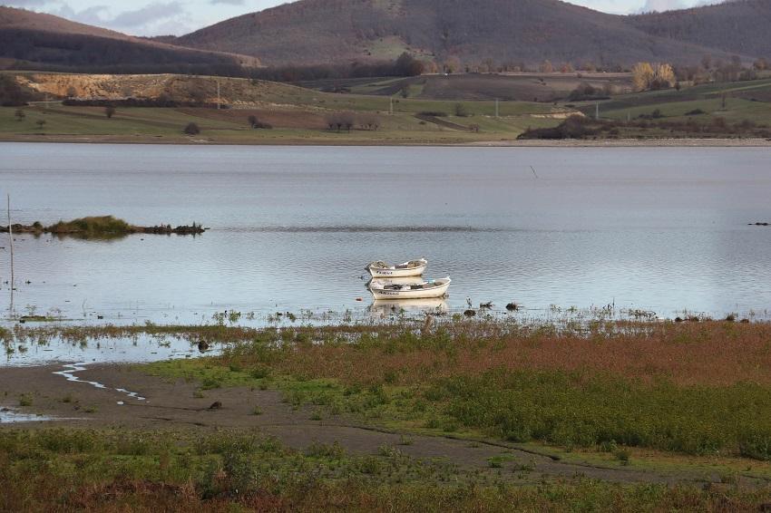 Ladik Gölü de aşırı su çekilmesi nedeniyle kuruyor