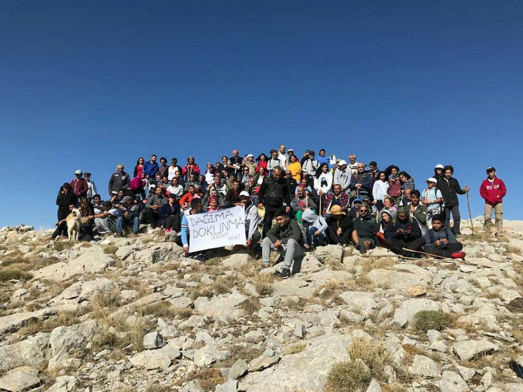Sivas'ta Büyükyılanlı Dağı'na açılmak istenen mermer ocağına yürütmeyi durdurma kararı geldi
