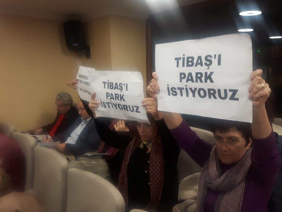 """""""Cemaat yurdu değil park istiyoruz"""""""