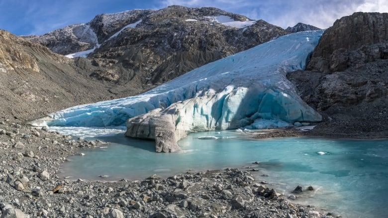 Kanada buzulları iklim değişikliği yüzünden büyük bir hızla eriyor