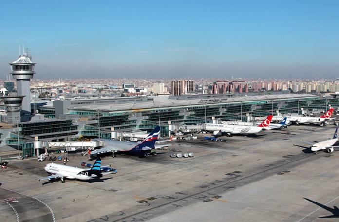 Olmayan havaalanı yolcuları için halkın cebinden 36 milyon avro ödendi