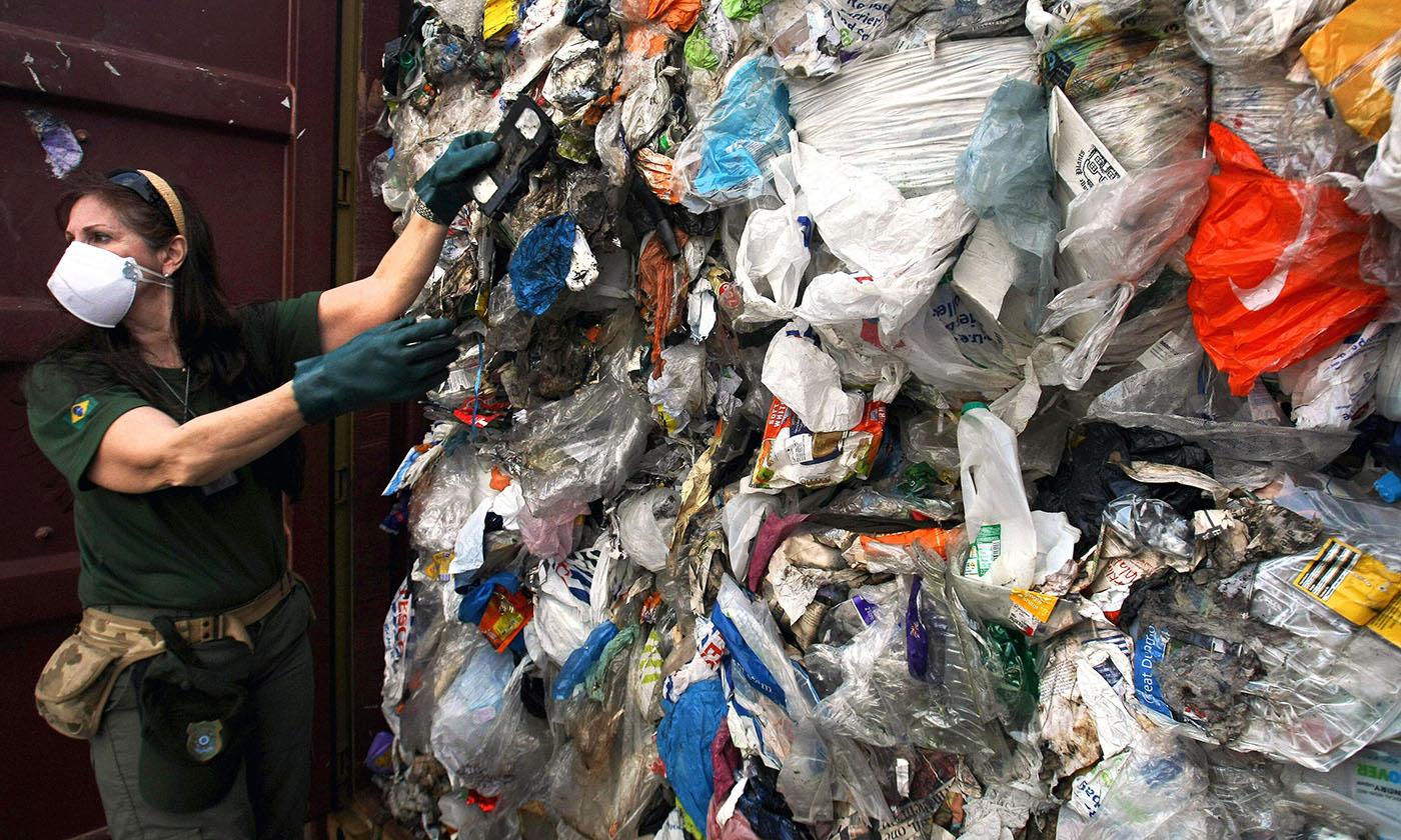 Çöp ithalatını itiraf eden Bakan Kurum ithal edilen miktarı açıklamadı
