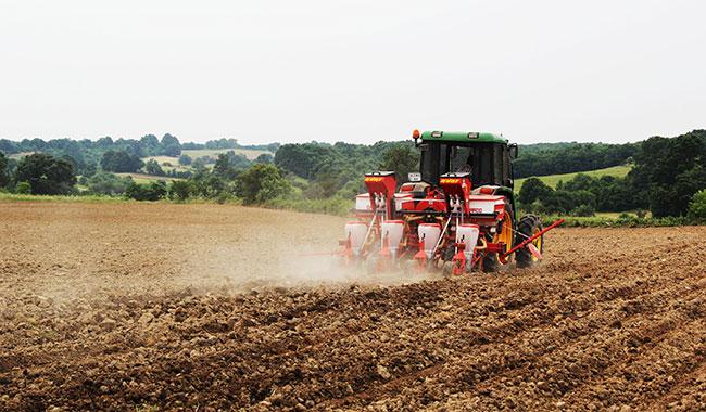 """""""Tarım alanları sanayi ve enerji projelerine kurban ediliyor"""""""