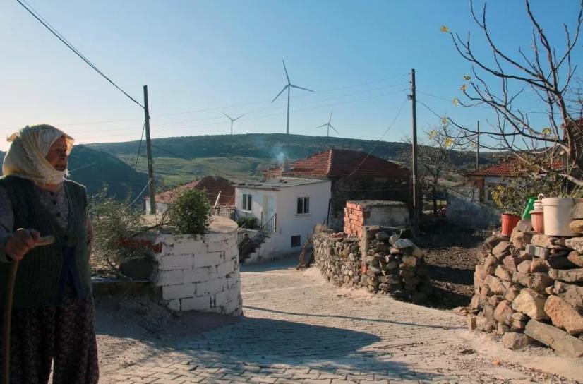 Özel Çevre Koruma Bölgesi ilan edilen Karaburun'da RES talanına devam
