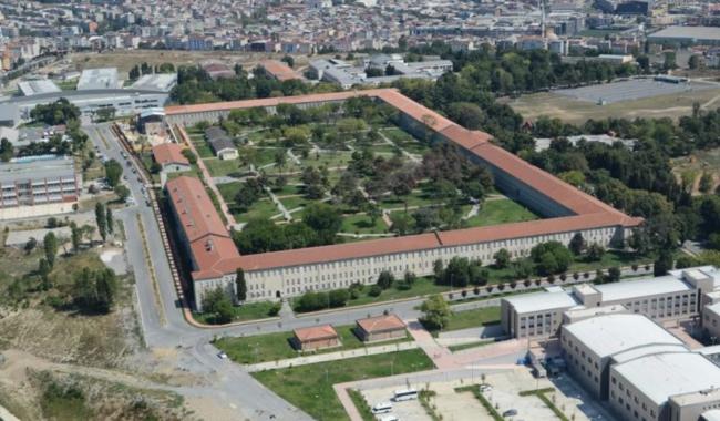 YTÜ Rektörü Bahri Şahin'den kampüse millet bahçesi projesi