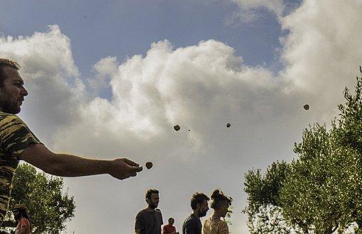 Roma Bostanı insanlarından yaza tohum toplarıyla davet: Pazar günü bostanda buluşmaya