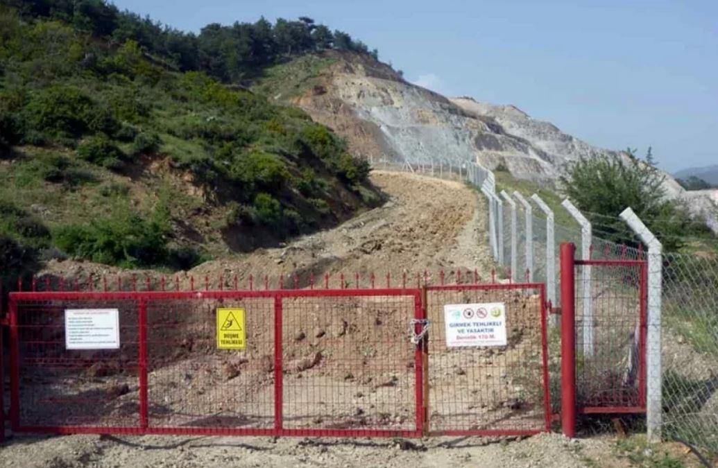 Tepeoba'da kapatılan molibden madeni bölgeye zarar vermeyi sürdürüyor