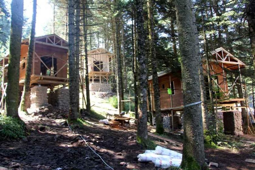 Mahkeme, Gölcük Tabiat Parkı'ndaki rant projesinin otel kısmını iptal etti