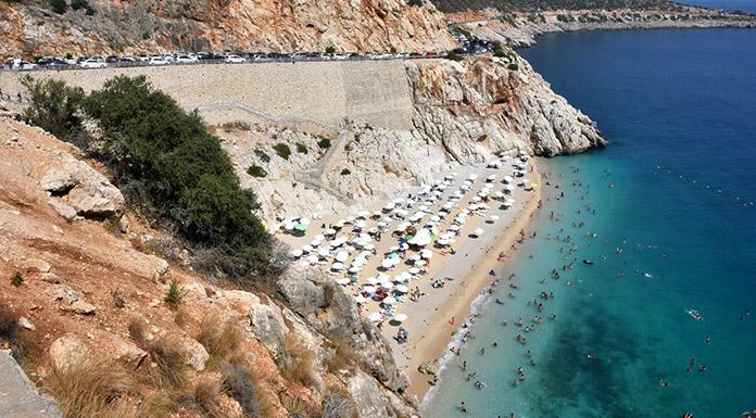 Kaputaş Plajı'nın da yer aldığı Kaş-Kalkan yoluna 'ÇED gerekli değildir' kararı iptal
