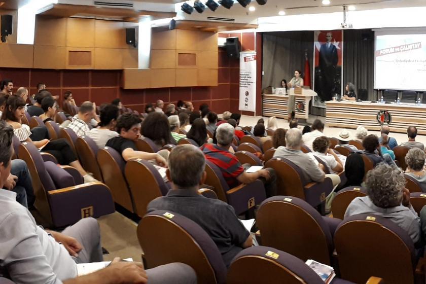 """Ankara'da düzenlenen """"Kamucu yerel yönetimler"""" çalıştayı sürüyor"""