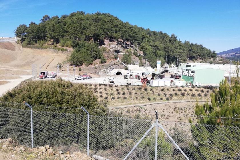 Efemçukuru Altın Madeni'ne karşı 10 yıllık mücadele: Yalnız Efe 3 kilo dosyayla AİHM'e gitti