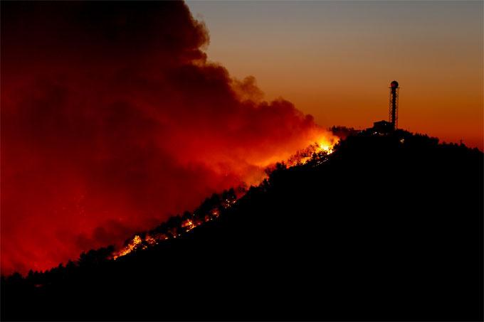 İzmir 3 gündür yanıyor: Karabağlar'daki orman yangını 3. gününe girdi!
